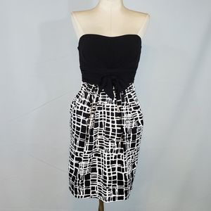 Snap strapless cocktail dress size 5
